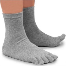 1Pair Autumn Winter Warm Style Unisx Men Women Five Finger Pure Cotton Toe Sock 5 Colors Black/White/Grey/Navy(China)