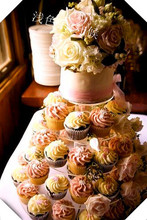 Round 4 Tier Plexiglass Cake Stands, Cupcake Holder Made Of Acrylic wedding decoration