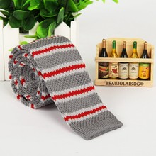 Gray tie red and white striped knit knitting solid slim neck ties classic polyester free shipping no minimum order lotes atacado