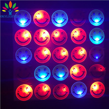 25pcs/lot New Design Led Smiley Badge Party Supplies Yellow Smile Glowing Brooch Night Flash Souvenirs for Birthday Photo Props