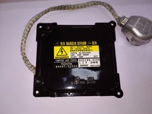 (1) Genuine OEM D enso D4S or D4R HID Ballast For Lexus or Toyota Vehicles