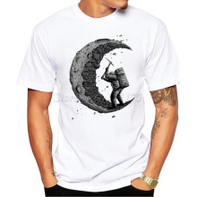 2017 Summer Fashion digging the moon Design T Shirt Men's High Quality Custom Printed Tops Hipster Tees(China)