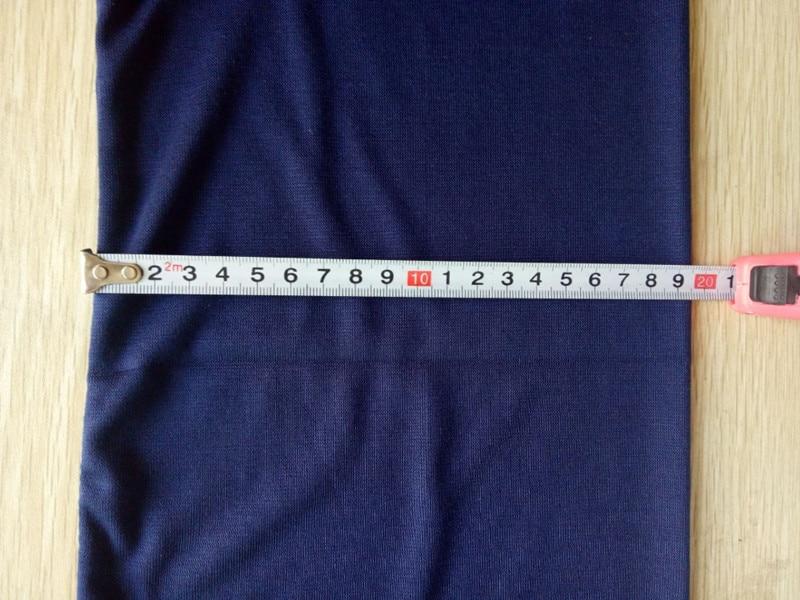 A scarf width