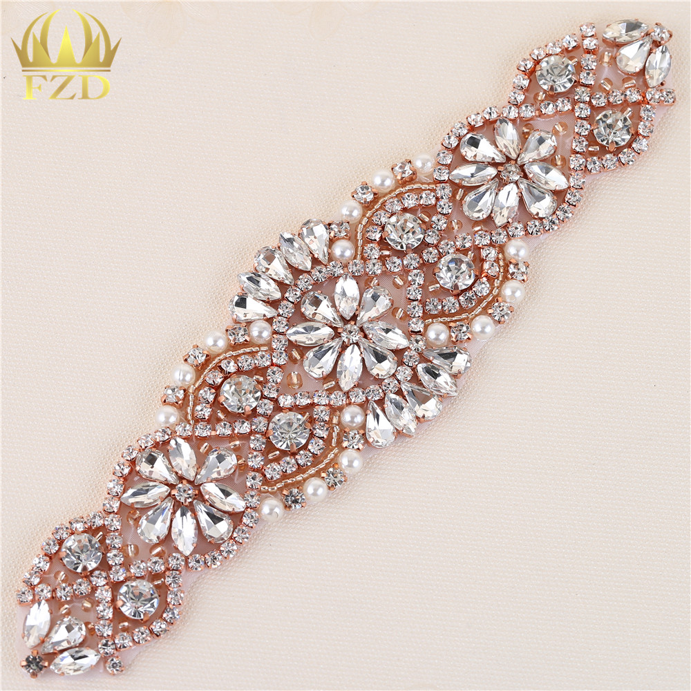 (30pieces) Wholesale Handmade Hot Fix Rose Gold Rhinestones Applique Iron Sew  On Bling Applique ... 42c95d8aaeab
