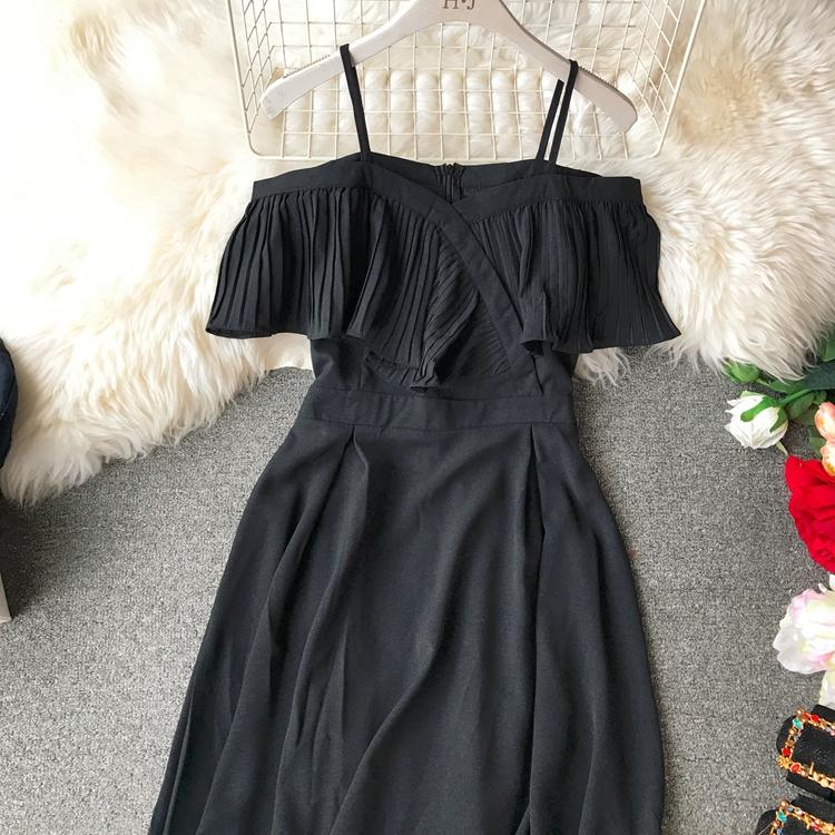 2019 Spring Women Chiffon Pleated Braces Sling Spaghetti Strap Goffer Long Dress Ladies Ruffles Empire Drapped Swing Slip Dress 170
