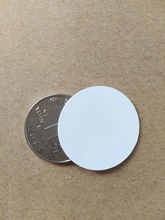 Winfeng 2pcs/lot NFC NTAG213 Tag ISO14443A RFID 13.56mhz HF Blank Plastic 30mm Round RFID Disc Tag Coin Tags For All NFC Phones