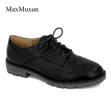 MaxMuxun Women Flats Wingtip Oxford Shoes 2017 Autumn Genuine Leather Lace Up Round Toe Vintage Carved Brogue Loafers Size 36-41(China)
