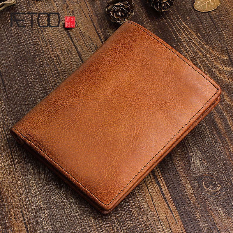 AETOO Original hand-made retro first layer of leather short wallet men and women vertical leather wallet simple style youth<br>