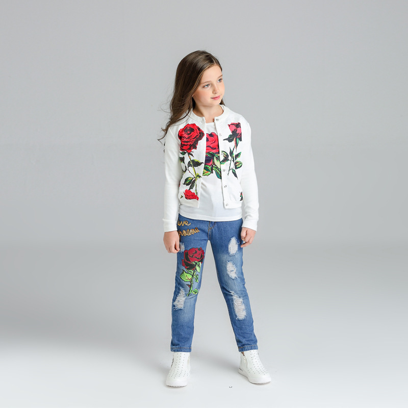 Children s clothing 2017 spring and autumn girls in the cotton set of large children s rose jacquard jacket jeans three piec<br>