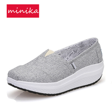 2017  Canvas Breathable Women Toning Shoes Comfortable Slip-on Loss Weight Sneakers 4.5CM Thick Soles Spring Summer Sports Shoes