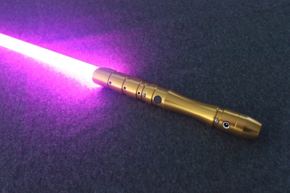 2018 New 1 Pcs Cosplay Lightsaber With Light Sound Led Red Green Blue Saber Laser Metal Sword Toys Birthday Star Kids Gifts Game (18)