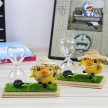 Novelty Craft Vinyl Chicken Magnetic Hourglass Creative Glass Gifts Desktop Decoration New Year Decoration Handicrafts Gift