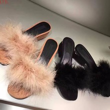 Best selling Summer Mules feather decor chunky heel 3 colors kid suede personalized outwear flip flops fur Beach shoes Women