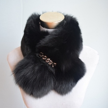 Winter Rushed Limited Women Adult Solid Ring 70cm Long Real Fox Fur Collar Winter Cosplay Party With Cz Diamonds 2017 Fashion(China)