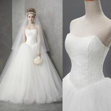Free shipping Korean Style Sweet Romantic Lace Princess Sweep Train Wedding Dress Strapless Mariage Wedding Gowns XXN036