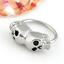 Hot 1pc Piercing Septo Nose Lip Nipple Eyebrow Hoop Piercing nez Pircing Nariz Punk Steel Double Skull 16G Nose Piercing Jewelry