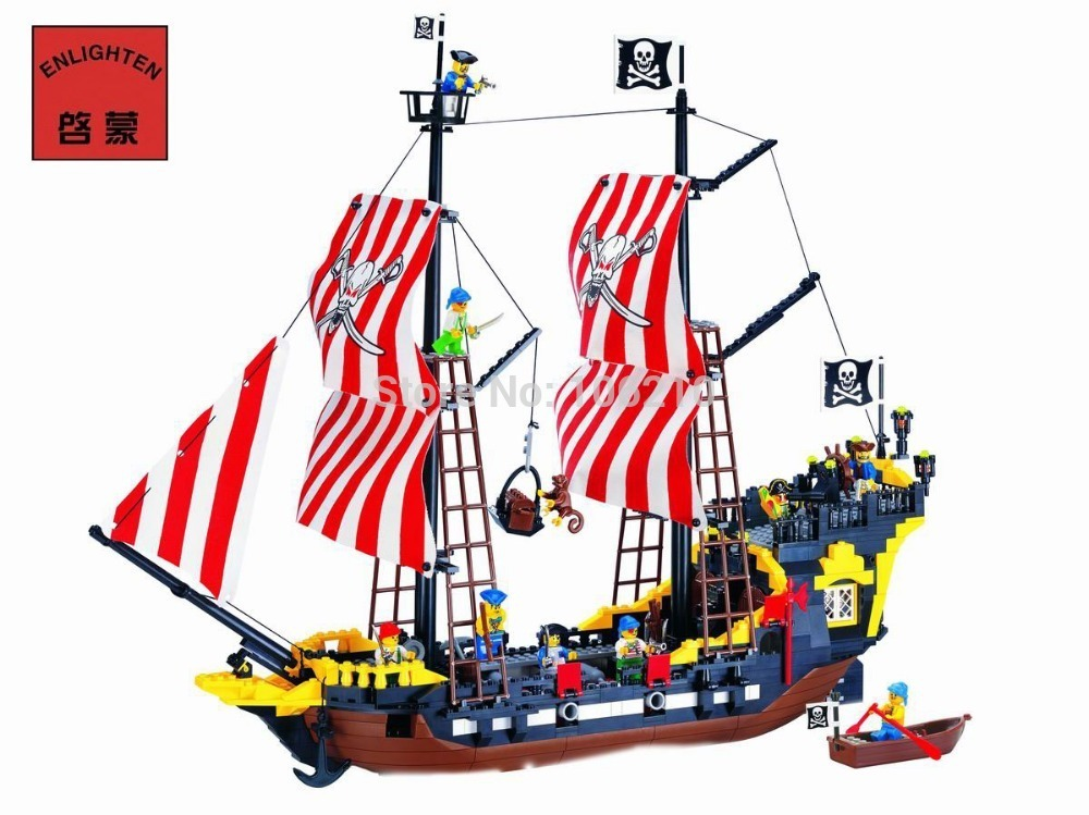 Enlighten Building Block Large Pirate Ship Boat Black Pearl 8 Figures 4 Cannons 870pcs (Without Original Packing Box)<br>