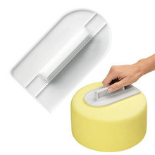 Wipe the surface of the cake flat platen Double sugar cake cream Smooth Kitchen Bakeware Cooking Screeding Unit Tools IC871364