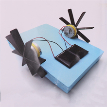 1pcs 15*13*8cm Model Robot Puzzle DIY Solar Powered Boat Rowing Assembling Toys For Children Educational Toys(China)
