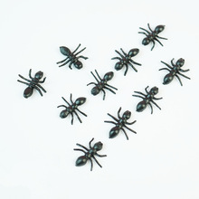 50Pcs/Lot Halloween Plastic Black Ants Joking Toys Decoration Realistic Levert