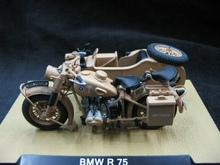 Free shipping Value Special atlas 1:24 World War II German Afrika Korps R75 Military Motorcycle Model Favorites Model