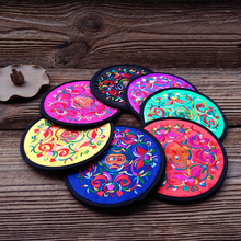 2pcs  National Wind Embroidery Placemat Coaster Kitchen Accessories Cup Mat Bar Mug Drink Pads Table Decoration E