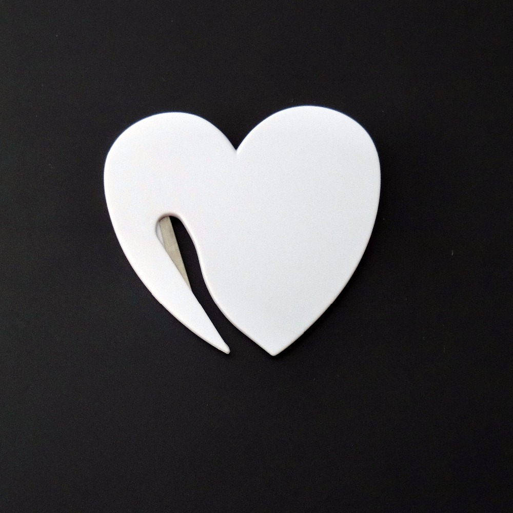 Wholesale 50Pcs/Pack Plastic Letter Envelope Opener Mail Knife Safety Guarded Cutter Blade Office Equipment Heart-shape<br>