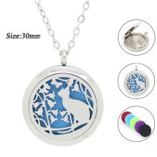With chain as Gift! Wholesale diffuser locket necklace silver magnetic 30mm 316l stainless steel perfume locket necklace(China)
