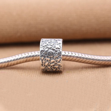 Layers of Lace Beads Fit Pandora bracelets 925 Sterling Silver Lock Clip Stopper Charm Beads with Flower Pattern women Jewelry