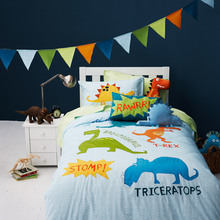 Free shipping dinosaur bedding set children cartoon dinosaur patchwork applique embroidery bedclothes without filler(China)
