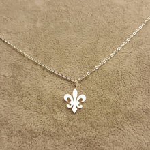 Stainless Steel Fleur de Lis Charm Necklaces For Women Saint Symbol Lily Flower Jewelry Nicholas Lotus Catholic French Royalty(China)