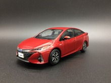 1:30 Diecast Model Car for Toyota Prius PHV 2017 Red Alloy Toy Car Collection(China)