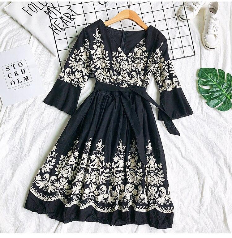 2019 Spring Summer V-neck Embroidery Dress Flare Sleeves Bohemian Dress Belted Ethnic Loose Vintage Dress 54