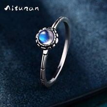 Aitunan Vintage Flower Natural Moonstone Ring 925 Sterling Silver Moonstone Rings For Women Natural Blue Stone Wedding Ring