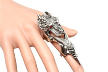 Fashion Exaggerated punk long ring anime big god dragon ring Inlaid red crystal give men personality magic jewelry gift R0273