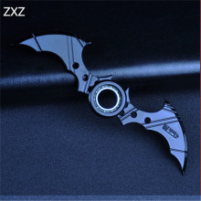 16CM NECA Cartoon Comics Super hero Batman Weapon Boomerang Arkham Knight Batarang Replica Action Figure Collectible Model Toy
