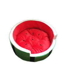 1pcs Hot Selling Family Comfort Pet Breathable Watermelon Bed Summer Pet Nest Small Dog Cat Nest Kennel Fruit Nest Pet Bed