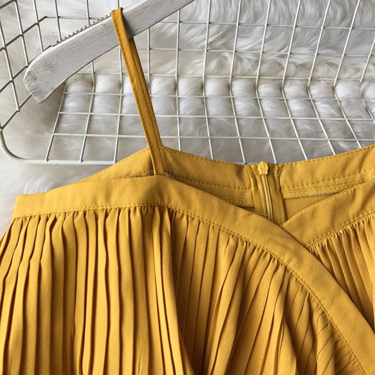 2019 Spring Women Chiffon Pleated Braces Sling Spaghetti Strap Goffer Long Dress Ladies Ruffles Empire Drapped Swing Slip Dress 210