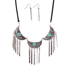 The new bohemian Green stone national style fringed necklace earrings combination Statement Necklace Set
