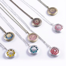 1pcs Vintage Essential Oil Perfume Body Diffuser Locket Necklace for Colorful Diffuser Pads Chains Diffuser Necklace Best Gift