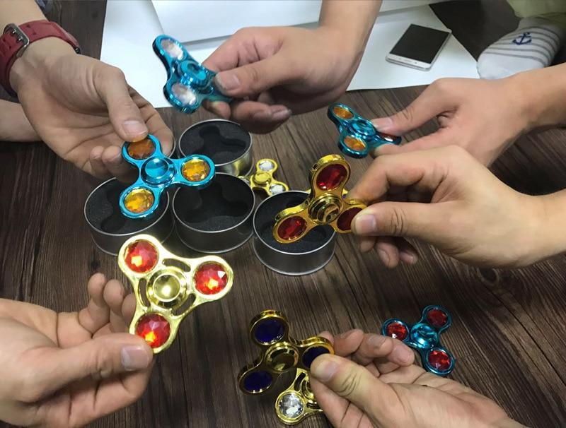 Fidget Spinner Hand Skinner Bearing Titanium Alloy Toys Metal finger spinners photo spinner spiner skinner antistress with box