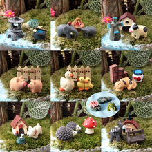 30pcs / 10set animals miniatures figurines duck mushroom dogs pig resin craft dollhouse bonsai decor terrarium decoracion jardin(China)
