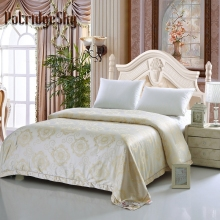 PatridgeSky 2017 Spring Summer Luxury Palace Style Jacquard Mulberry Silk Quilt  1pc Off-season Promotion