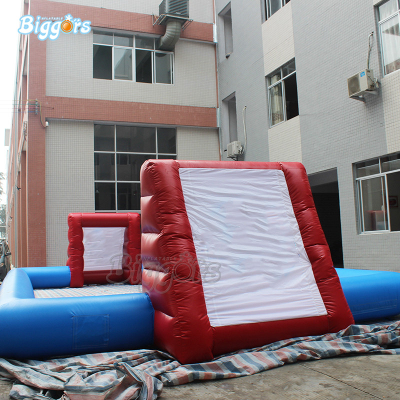Inflatable football field (4)