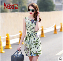 summer dress 2015 summer new European style petunia sleeveless silk dress Slim free shipping