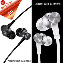 Original Xiaomi Earphones Piston Headset with Microphone Mic Handsfree Wire Control Piston Earphone Support Noise Cancelling