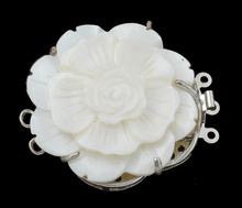 YYW Designer Jewelry DIY for Brooch Necklace Silver-color 3-strand Brass Box Clasp White Shell Mother of Pearl Flower Clasps(China)