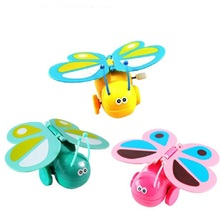 1Pcs Cartoon Plastic Wind Up Toys Colorful Chain Clockwork Butterfly Walk With Flapping Wings Color Random