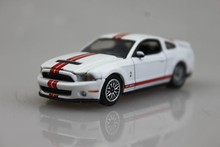 Muscle Car GreenLight 1/64 2012 Ford Shelby GT500  Alloy car model