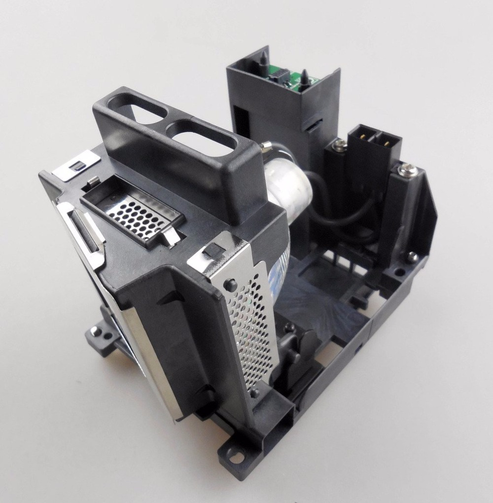 003-120504-01 Replacement Projector Lamp with Housing for CHRISTIE DH D700 / DS +750<br>